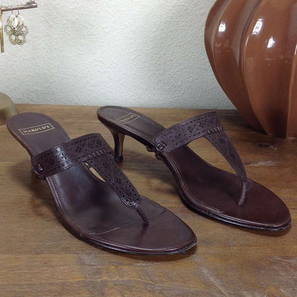 3c56ed96f3214 Harold's Brown Leather Thong Kitten Heel Sandals
